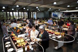Atlética abre restaurante em sua sede social