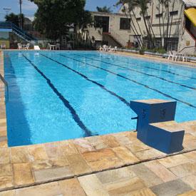 É tempo de piscina na Atlética!